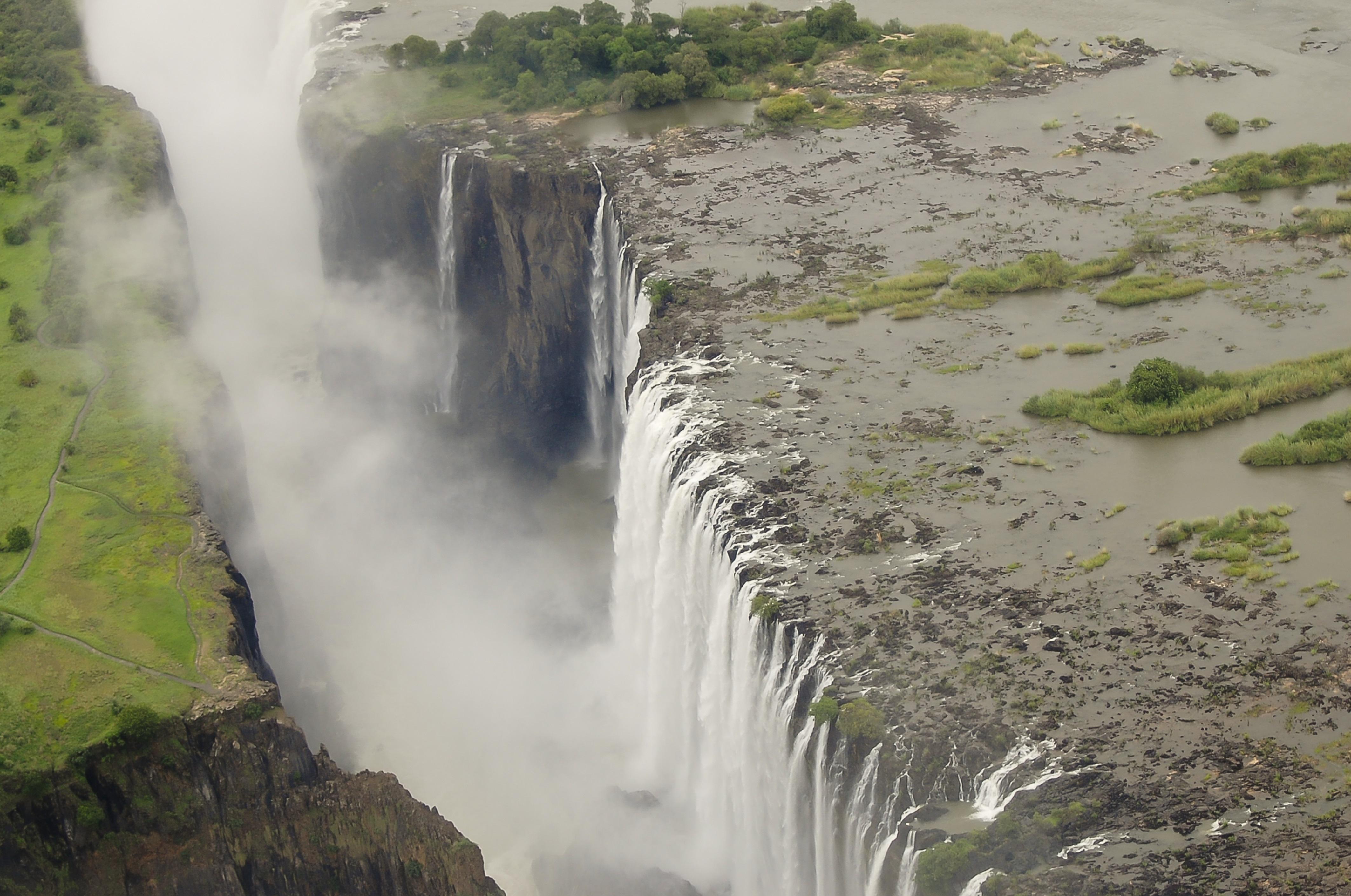 דרום אפריקה -  משמורות הטבע המדהימות ועד למפלי ויקטוריה העצומים